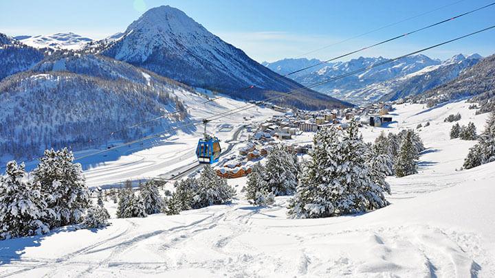 Snowboading Montgenevre, France