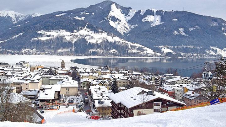 Snowboarding Schmittenhohe Above Zell Am See