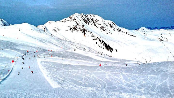 Snowboarding Kitzbuhel in Tirol, Austria