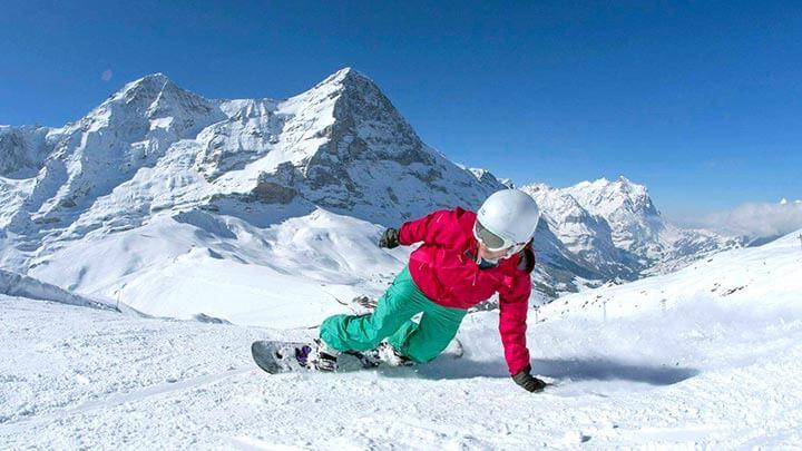 Snowboarding in Grindelwald, Switzerland