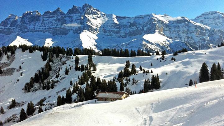 Snowboarding Les Crosets in Portes Du Soleil