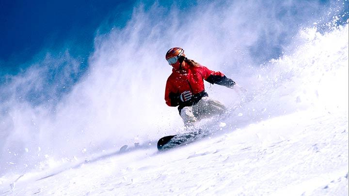 Snowboarding Italy